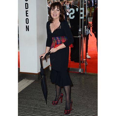 Style, Fashion accessory, Dress, Street fashion, Fashion, High heels, Bag, Waist, Tights, Cocktail dress,