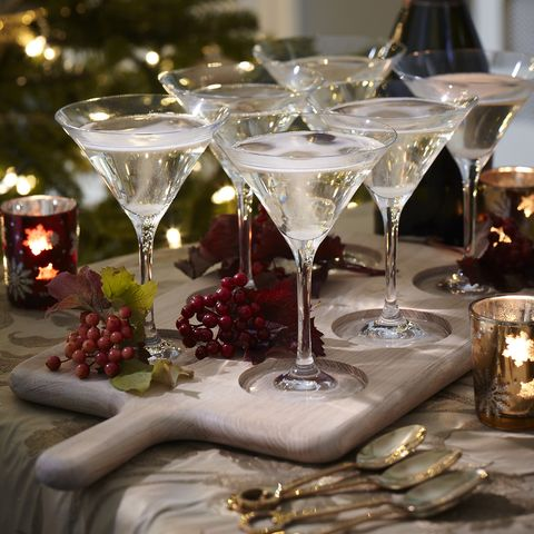 Glass, Drinkware, Stemware, Fluid, Serveware, Barware, Martini glass, Tableware, Dishware, Liquid,