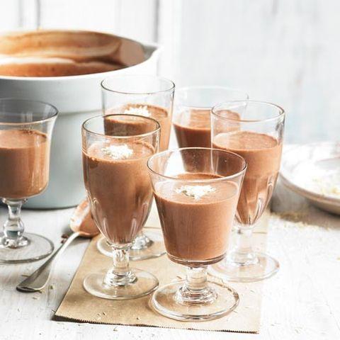 Brown, Serveware, Drinkware, Liquid, Drink, Tableware, Food, Dishware, Barware, Coffee,