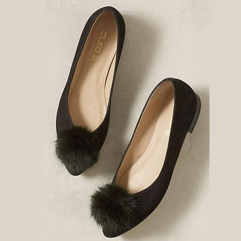 Brown, Product, Black, Tan, Beige, Basic pump, Dancing shoe, Natural material, Court shoe,