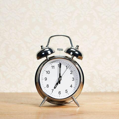 Wood, Hardwood, Home accessories, Clock, Interior design, Grey, Still life photography, Beige, Alarm clock, Measuring instrument,