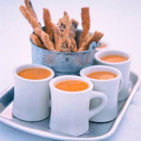 Serveware, Brown, Drinkware, Dishware, Coffee cup, Orange, Cup, Ingredient, Liquid, Tableware,