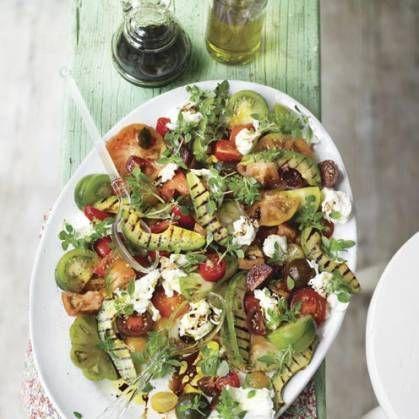 Food, Cuisine, Dishware, Serveware, Vegetable, Leaf vegetable, Salad, Tableware, Dish, Plate,