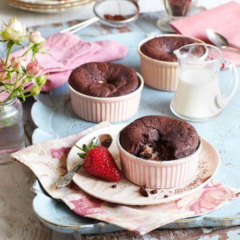 Serveware, Food, Dishware, Cuisine, Sweetness, Dish, Tableware, Ingredient, Dessert, Recipe,