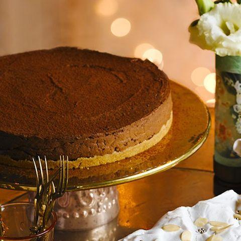 Food, Brown, Sweetness, Cake, Cuisine, Dessert, Baked goods, Ingredient, Dish, Chocolate cake,