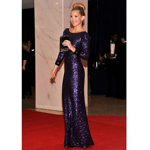 Clothing, Dress, Shoulder, Flooring, Formal wear, Style, Carpet, One-piece garment, Fashion, Gown,