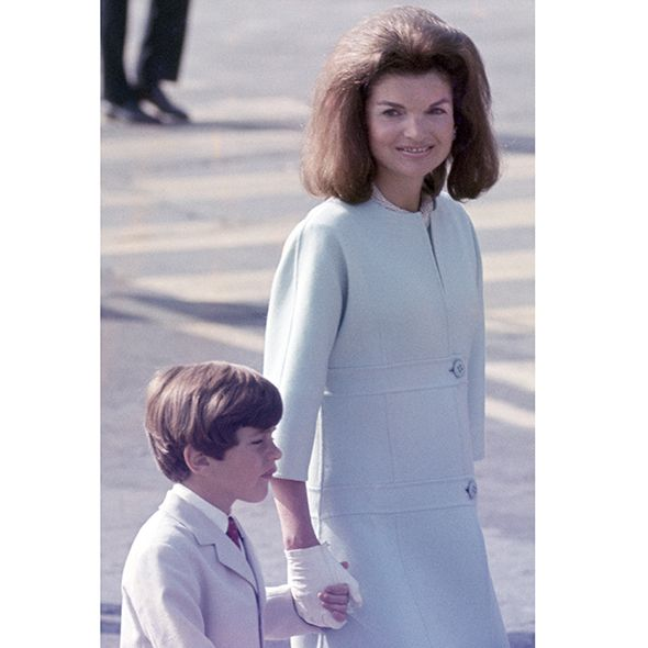 20 brilliant Jackie O style moments