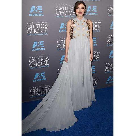 Clothing, Blue, Dress, Shoulder, Flooring, Formal wear, Style, Gown, Electric blue, Carpet,
