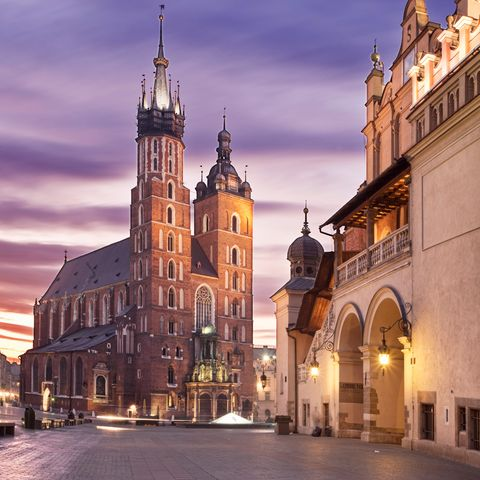 City, Facade, Spire, Town, Landmark, Steeple, Medieval architecture, Evening, Place of worship, Town square,