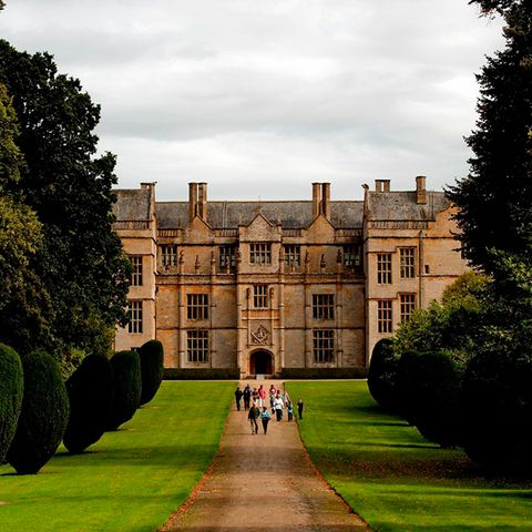 Building, Manor house, House, Mansion, Castle, Palace, Garden, Lawn, Stately home, Château,