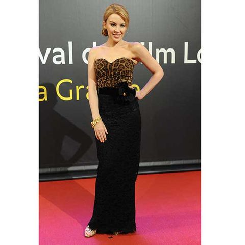 Clothing, Dress, Shoulder, Flooring, Joint, Waist, Formal wear, Style, One-piece garment, Cocktail dress,