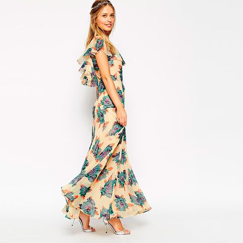 Sleeve, Shoulder, Dress, One-piece garment, Style, Formal wear, Day dress, Fashion, Neck, Pattern,