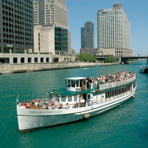 Mode of transport, Tower block, Transport, City, Water, Condominium, Watercraft, Waterway, Metropolis, Boat,