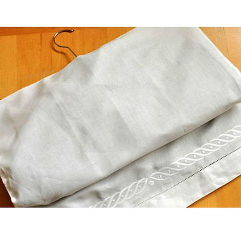 Textile, Linens, Beige, Home accessories, Napkin, Silver, Blanket,