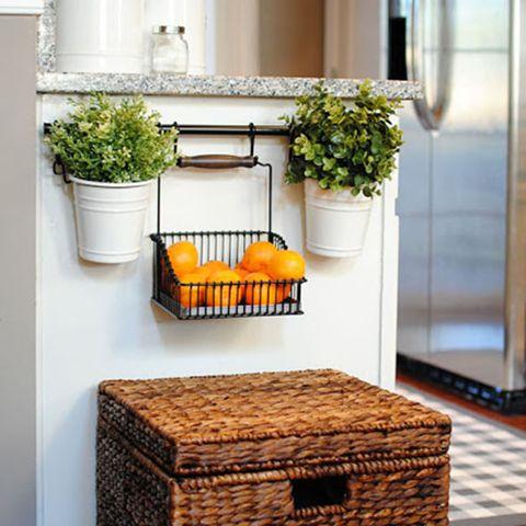 Wood, Wall, Flowerpot, Wicker, Interior design, Houseplant, Home accessories, Rectangle, Hardwood, Basket,