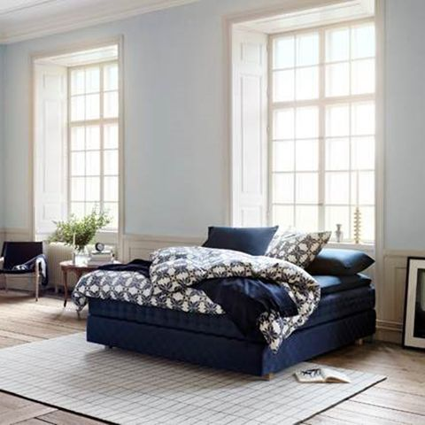 Wood, Room, Interior design, Floor, Property, Flooring, Wall, Home, Furniture, White,