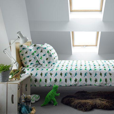 Green, Room, Interior design, Wall, Floor, Flowerpot, Interior design, Iguania, Home, Houseplant,