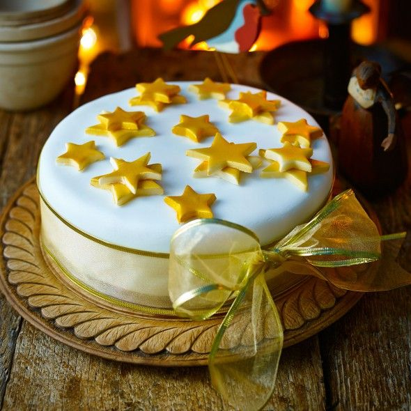 Christmas cake decorating ideas - how to decorate a Christmas cake