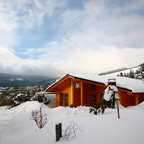 Winter, Slope, Freezing, House, Roof, Home, Snow, Hill station, Glacial landform, Mountain range,