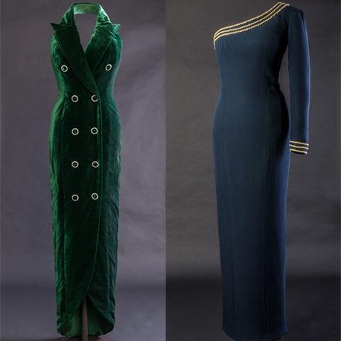 Blue, Green, Sleeve, Textile, Formal wear, Pattern, Collar, Fashion, Blazer, Electric blue,