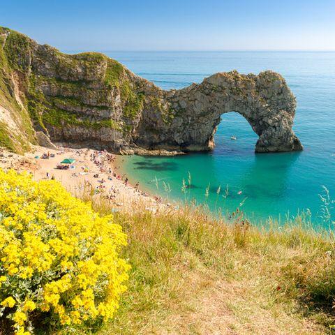 Body of water, Coastal and oceanic landforms, Natural landscape, Coast, Rock, Landscape, Headland, Promontory, Nature reserve, Sea,