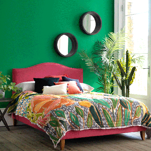 Green, Lighting, Room, Bed, Interior design, Textile, Bedding, Wall, Bedroom, Linens,