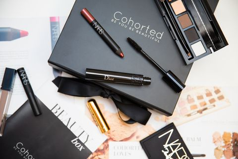Product, Beauty, Cosmetics, Eye liner, Eye, Material property, Mascara, Pen, Brand, Eye shadow,