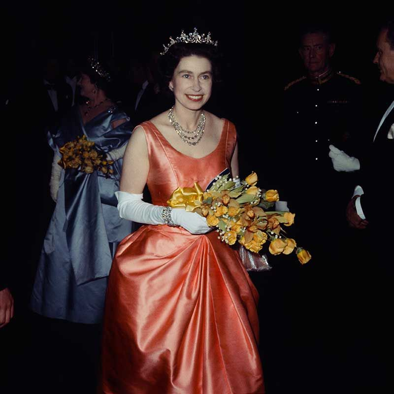 The Queen at 90 - Elizabeth II's best royal outfits