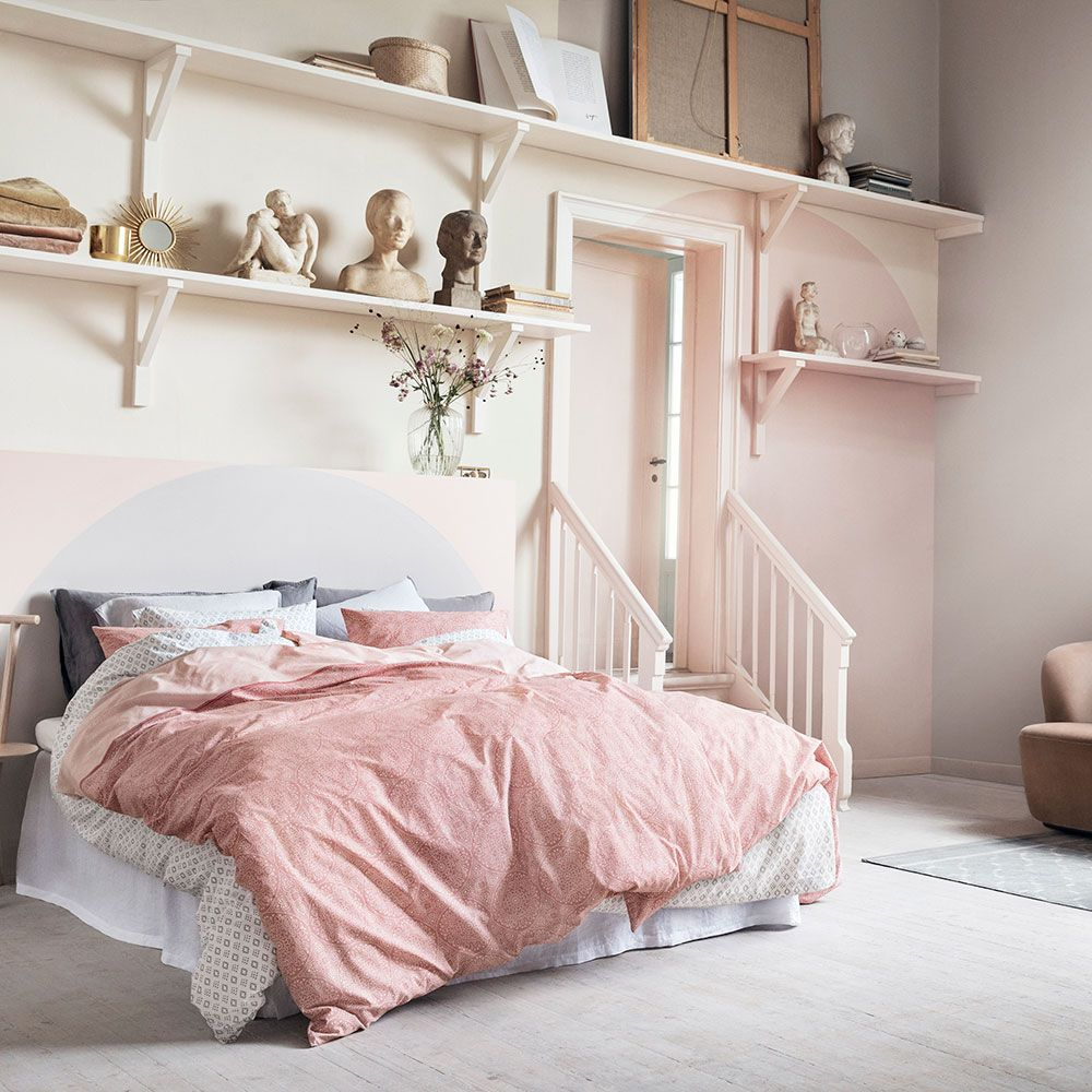 Layer Up Diffe Shades Of Pink And Grey Grey And Pink Bedroom ...