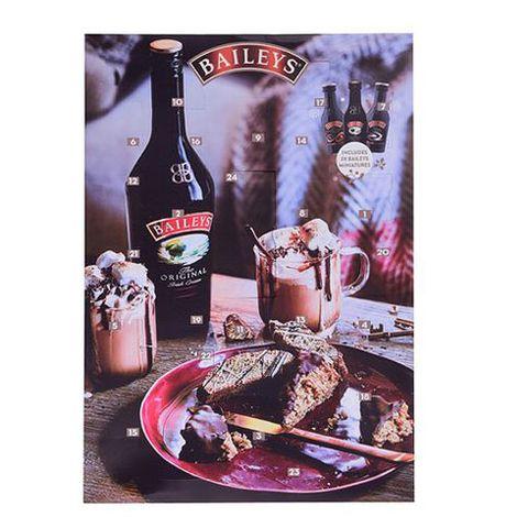 Food, Liqueur, Drink, Cuisine, Ingredient, Wine, Bottle, Dish, Distilled beverage, Chocolate,