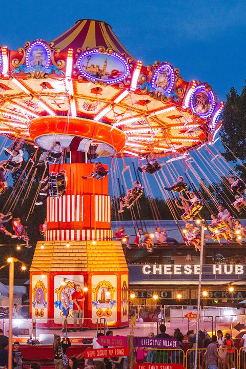Amusement ride, Amusement park, Fair, Landmark, Carousel, Recreation, Tourist attraction, Fun, Festival, Park,