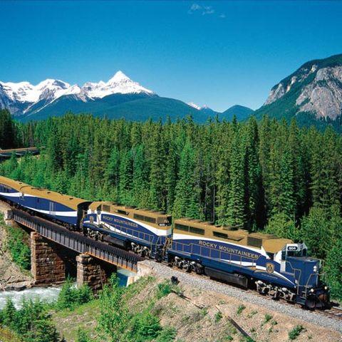 Nature, Mountainous landforms, Mode of transport, Transport, Rolling stock, Mountain range, Railway, Highland, Mountain, Train,