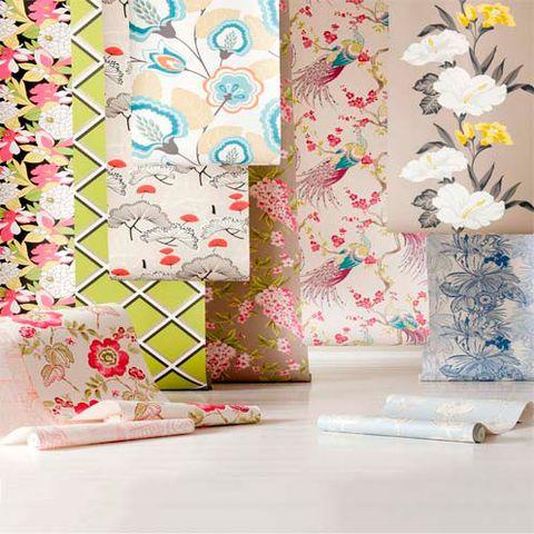 Textile, Room, Petal, Creative arts, Interior design, Wallpaper, Floral design, Peach, Pedicel, Flower Arranging,