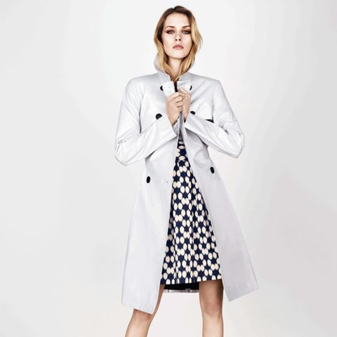 Clothing, Coat, Product, Collar, Sleeve, Dress shirt, Shoulder, Textile, Standing, Joint,
