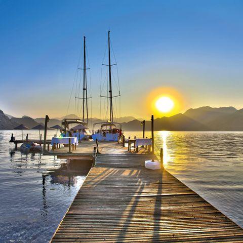 Watercraft, Water, Sunrise, Sun, Sunset, Dusk, Dock, Horizon, Sunlight, Boat,