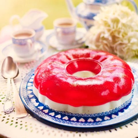 Food, Cuisine, Dish, Dessert, Blancmange, Ingredient, Baked goods, Panna cotta, Gelatin dessert, Food coloring,