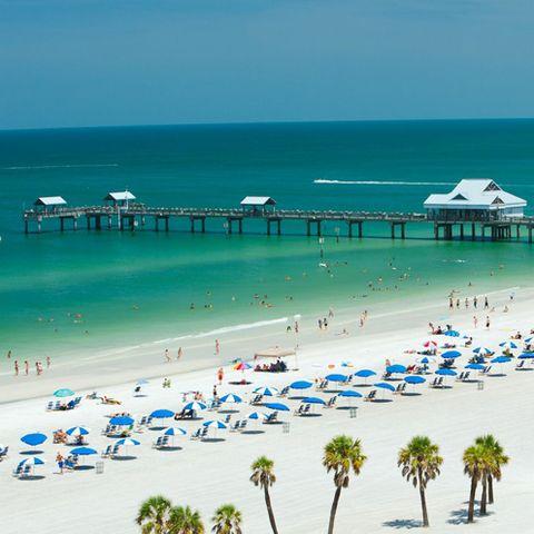 Body of water, Coastal and oceanic landforms, Tourism, People on beach, Shore, Coast, Resort, Beach, Summer, Ocean,