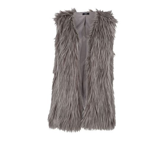 Natural material, Grey, Beige, Fur, Fur clothing, Animal product, Hide, Costume accessory, Feather,