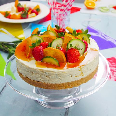 Food, Sweetness, Cuisine, Ingredient, Cake, Dishware, Serveware, Dessert, Fruit, Baked goods,