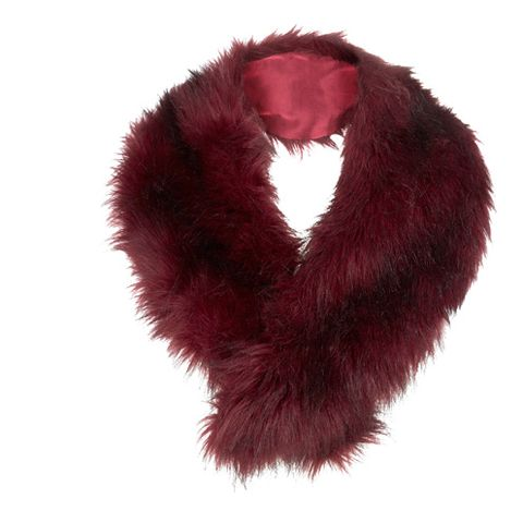 Textile, Red, Carmine, Maroon, Magenta, Natural material, Liver, Coquelicot, Fur, Animal product,