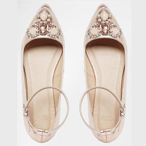 Shoe, Beige, Tan, Sandal, Glitter, Natural material, Silver, Fashion design, Bridal accessory, Bridal shoe,