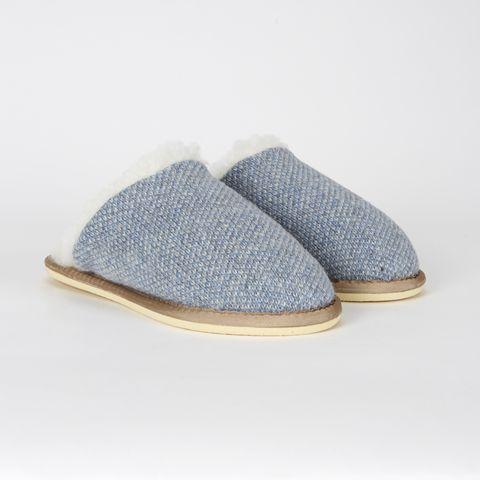 Tan, Grey, Beige, Natural material, Slipper, Oval, Stitch,