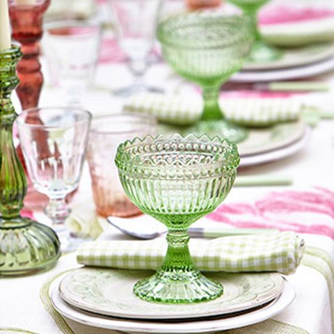 Green, Serveware, Dishware, Glass, Drinkware, Barware, Stemware, Tableware, Linens, Plate,
