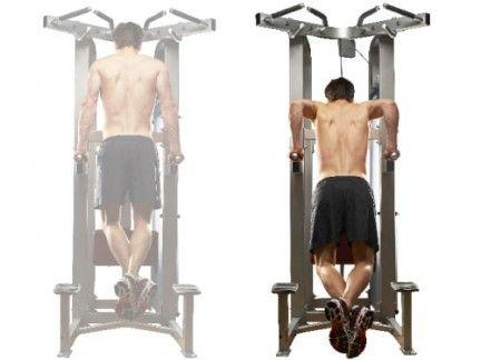 Leg, Human leg, Chin, Shoulder, Standing, Chest, Joint, Room, Trunk, Wrist,