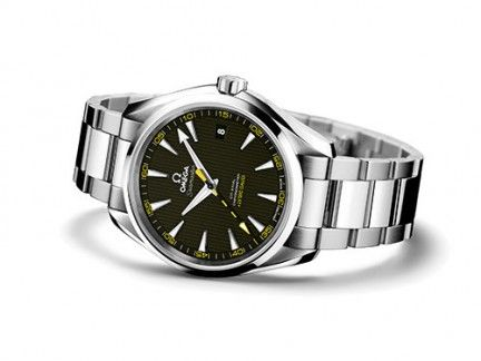 Product, Analog watch, Watch, Photograph, White, Glass, Watch accessory, Fashion accessory, Font, Metal,