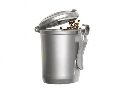 Drinkware, Liquid, Lid, Metal, Steel, Cookware and bakeware, Kitchen appliance accessory, Cylinder, Silver, Aluminium,