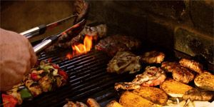 Food, Cuisine, Italian sausage, Meat, Barbecue, Cooking, Dish, Grilling, Breakfast sausage, Meal,