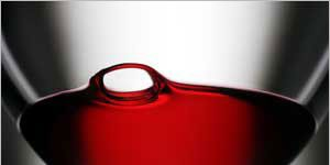 Liquid, Fluid, Glass, Drinkware, Barware, Drink, Stemware, Alcoholic beverage, Red, Serveware,