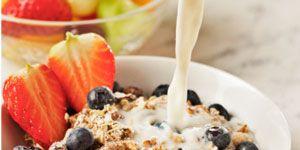 Food, Cuisine, Ingredient, Tableware, Bowl, Cigarette, Produce, Strawberry, Strawberries, Breakfast cereal,