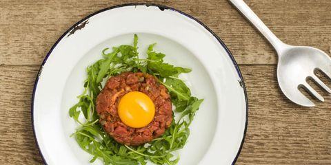 Dishware, Food, Serveware, Ingredient, Tableware, Cutlery, Kitchen utensil, Breakfast, Leaf vegetable, Egg yolk,